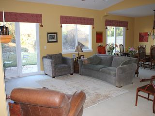 Paso Robles house photo - Greatroom perfect for a lazy morning or entertaining.