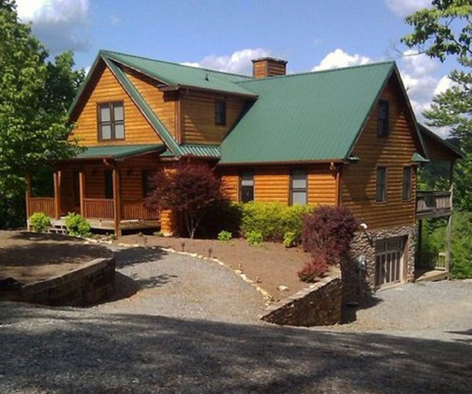 Wow loaded 6 bedroom 4 5 bath sleeps 22 vrbo for Ellijay cabins for rent by owner