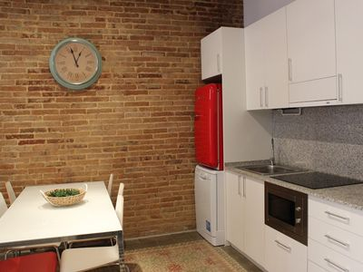 Apartment in Barcelona with Air conditioning, Lift, Terrace (344049)