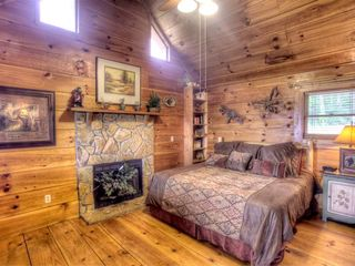Ellijay cabin photo - Bedroom with King sized bed