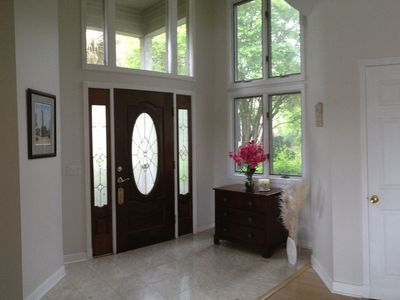 Foyer/ Entrance - bright spacious open floor plan home in Sea Pines