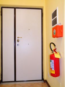 Armoured door + safe fire + medical box