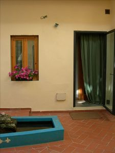 Gavinana - Galluzzo apartment rental - Courtyard/garden, view 2