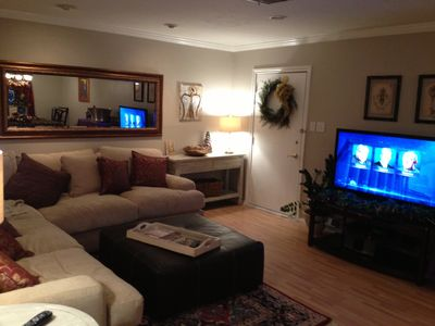 50'  1080i   flat screen HD TV in living area