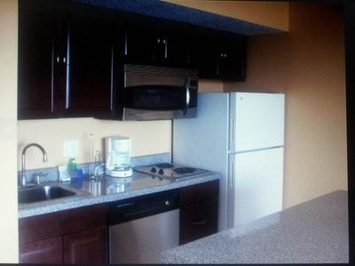 Kitchen equipped with Stainless Steel Dishwasher & Microwave/Convection Oven