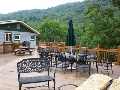 CLOUD 9 has an outside deck with screened and covered patio below!