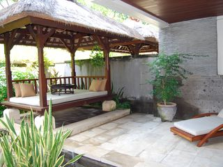Nusa Dua apartment photo - Balinese Day bed