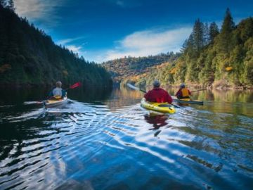 Chicago Park cabin rental - Kayaking on Rollins Lake