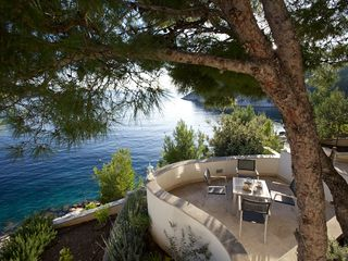 Milna villa photo - Terrace and garden overlooking the sea
