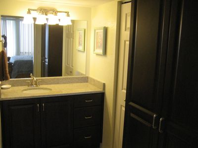 Vanity Area of Master Suite