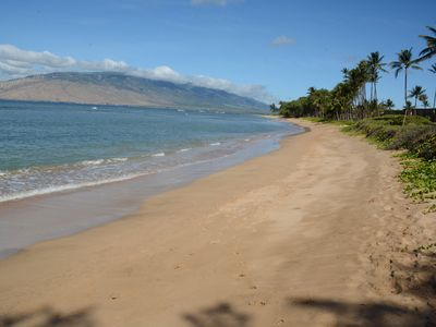 Beautiful uncrowded beach! Awesome oceanfront - perfect for walks, beachcombers