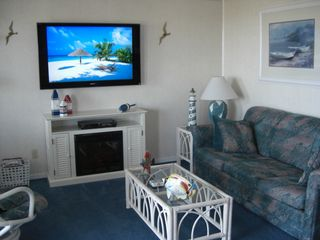 Surfside Beach condo photo - Den