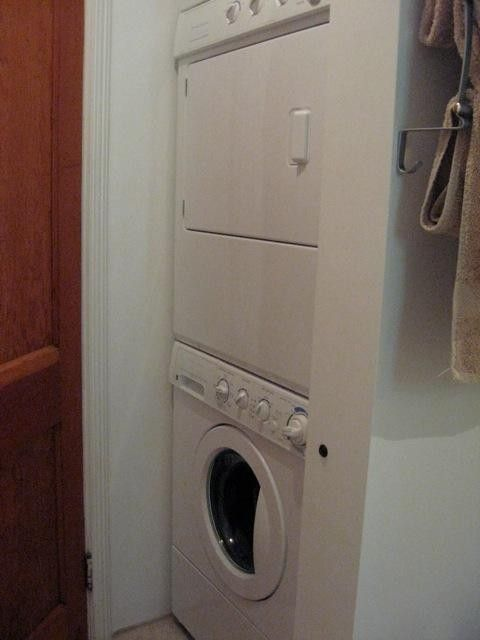 bathroom, washer & dryer