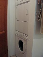 Montreal apartment photo - bathroom, washer & dryer