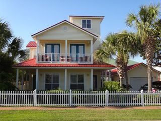 Crystal Beach house photo - Beautiful 3 story house in the pristine neighborhood of Crystal Shores