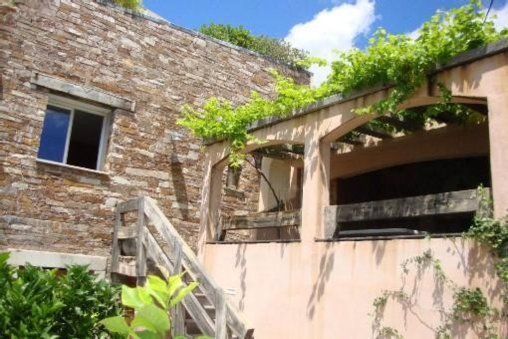 LOC. TRADITIONAL HOUSE FOR 4 PEOPLE IN SANTA MARIA DI LOTA
