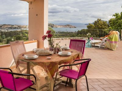 Elegant apartment with sweeping views of the Gulf of Portoferraio