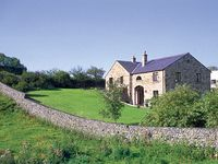 WILLOW COTTAGE, pet friendly, with a garden in Giggleswick, Ref 652