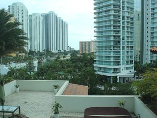 Sunny Isle apartment photo - View