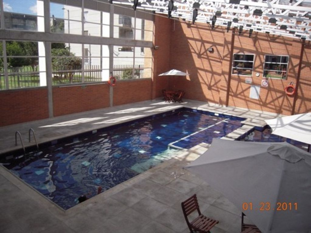 Apartamento zona norte piscina gim vrbo for Piscina zona norte avila