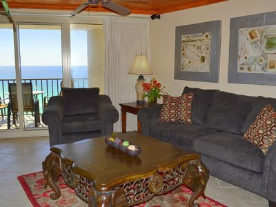 Enjoy a spacious floor plan with beautiful views of the gulf!