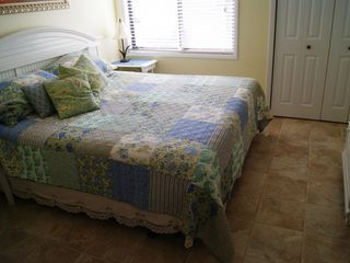 Carolina Beach condo photo - Master Bed