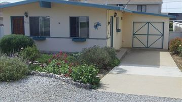Morro Bay house rental - Front of house