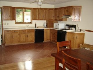 Honor cottage photo - spacious kitchen is stocked for serious cooking!