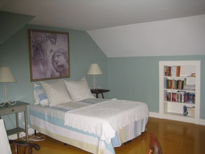 2nd Upstairs Queen Bedroom Very spacious with sitting area