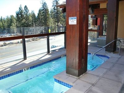 Mammoth Lakes condo rental - Jacuzzi in White Mountain Lodge (right down the hall) The Village at Mammoth
