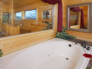 Wears Valley cabin photo - Romantic Jacuzzi Tub in Loft Bathroom, Shower, Hair Dryer, Lighted Makeup Mirror