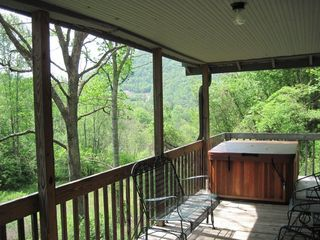 Black Mountain cabin photo - Hot Tub on Deck