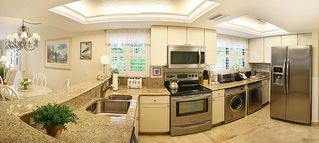 Sanibel Island condo photo - New Kitchen Granite Counters Stainless Steel Washer/Dryer