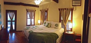 Ambergris Caye villa photo - Guest bedroom with king size pillow top bed