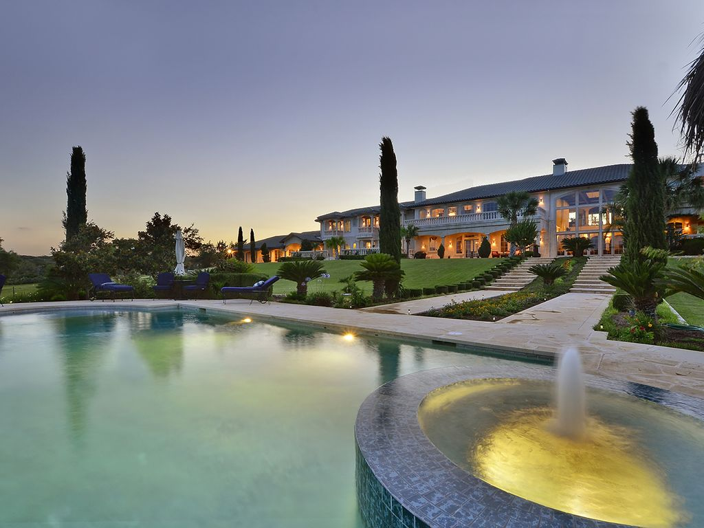 Lake Travis * 16,000 Sq. Ft. Waterfront Luxury 12+ Acre Estate with guesthouse