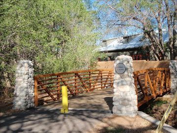 Acequia Trail connects to Railyard area and Plaza, networks with other trails.