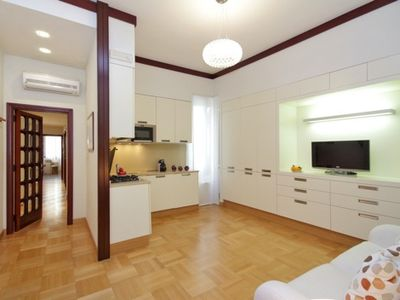 Spacious Family Property At The Spanish Steps