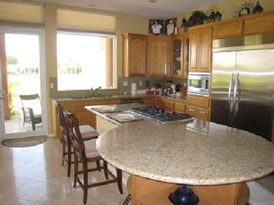 Kitchen/Kitchen counter
