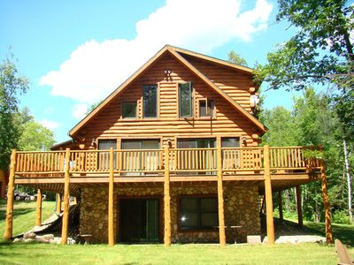 Year-round cabin, wooded riverfront on Lily River, WiFi, ATV Trails