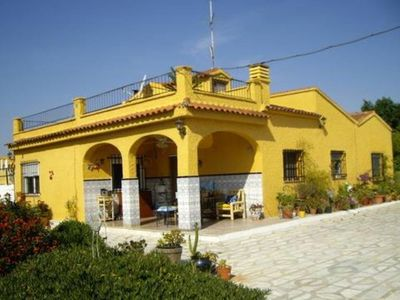 An authentic Spanish property inland from Valencia