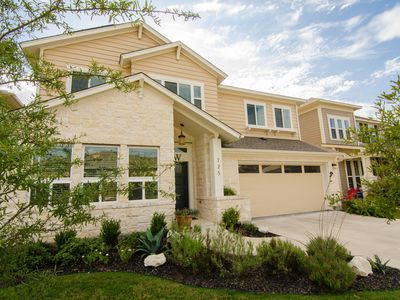 Beautiful modern and spacious home just 20 minutes from downtown