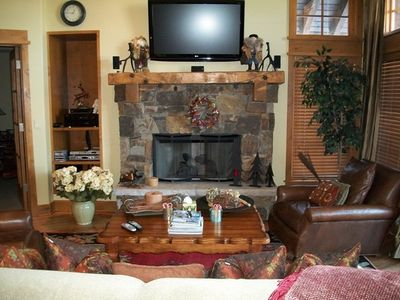 Family Room Fireplace & TV