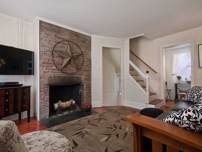 Cozy Home in Historic Washington Square