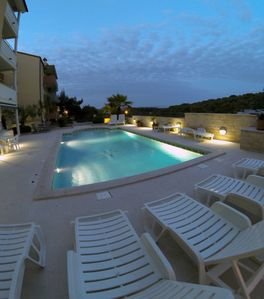 Apartment near the sea with swimming pool