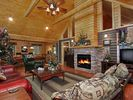 Pigeon Forge cabin photo