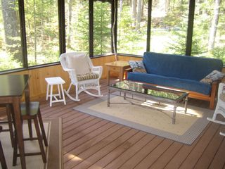Boothbay Harbor cottage photo - Screened Porch with Eating Area and Futon