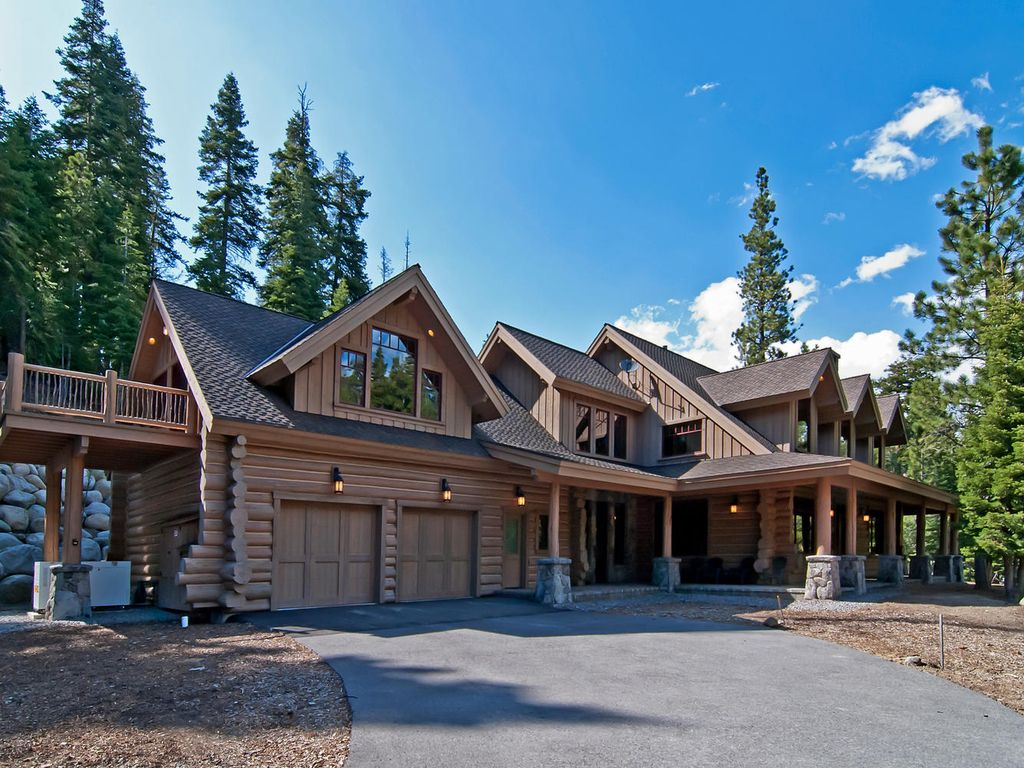 Log cabin in the woods by a lake - Property Image 1 Spectacular Secluded Log Cabin Estate
