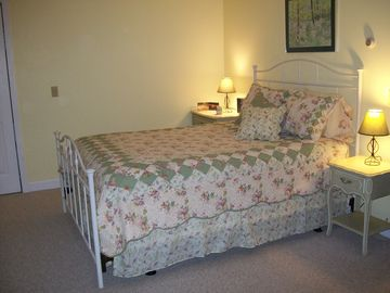 First floor bedroom - queen bed