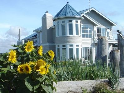 The Beach House @ Point Roberts - an iconic waterfront retreat.