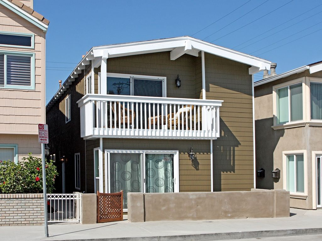 Beautiful renovated beach house just 9 vrbo for 9 bedroom beach house rental